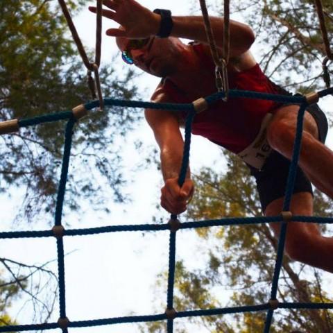 מכשולים ומתקנים ב-הירו צאלנג' – בנייה והפעלת המכשולים במרוץ המכשולים הגדול בישראל